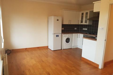 2 bedroom flat to rent - Oxford Road, Gerrards Cross, SL9
