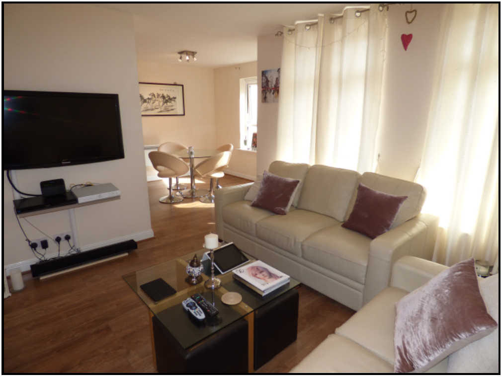 2 Bedroom First Floor Flat to Rent Including Coun