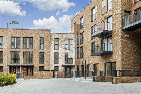 4 bedroom end of terrace house for sale - Mary Rose Square, Marine Wharf, LONDON