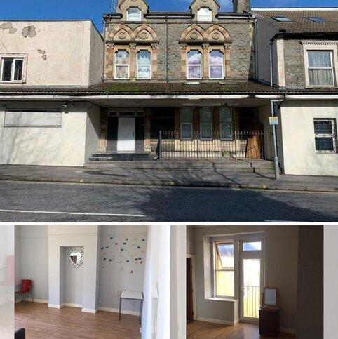 Studio to rent - High street , Kingswood, Bristol BS15