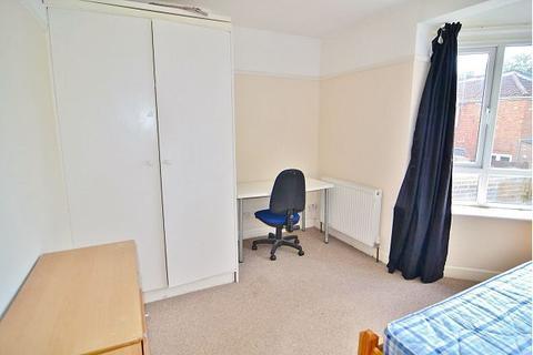 Property to rent - Milton Road, Southampton, SO15 2HW