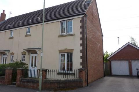 3 bedroom semi-detached house to rent - Clos Santes Fair Pencoed Bridgend CF35 5LL