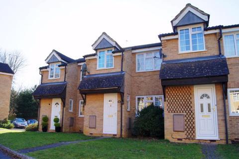 3 bedroom terraced house to rent - Hungerford Close, Sandhurst, GU47