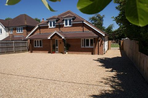 4 bedroom detached house for sale - Weston Turville, Buckinghamshire
