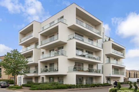 2 bedroom flat to rent - Northrop Road, Trumpington, Cambridge