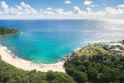 3 bedroom property with land - Windward Estate, Falmouth Harbour, Antigua