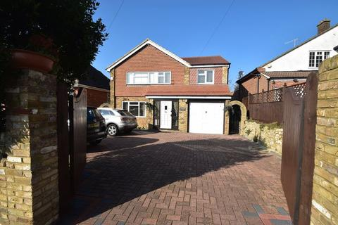 4 bedroom detached house to rent - Hamilton Road, High Wycombe