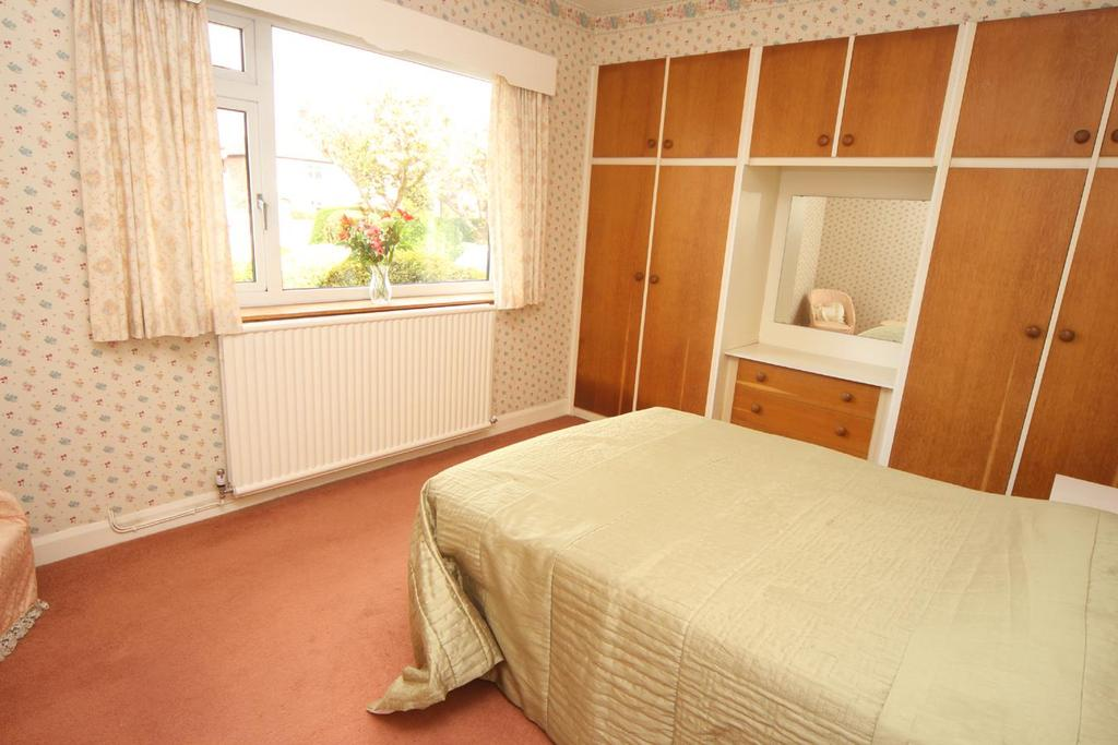 Ashby Road Hinckley 2 Bed Detached Bungalow For Sale 163