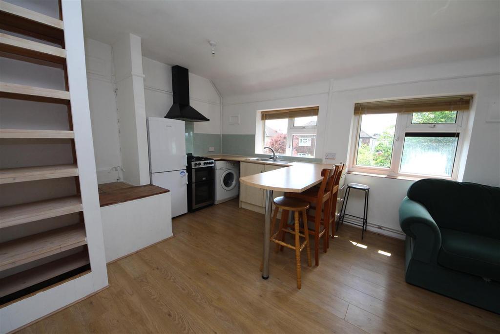 Open Plan Kitchen/Sitting Area