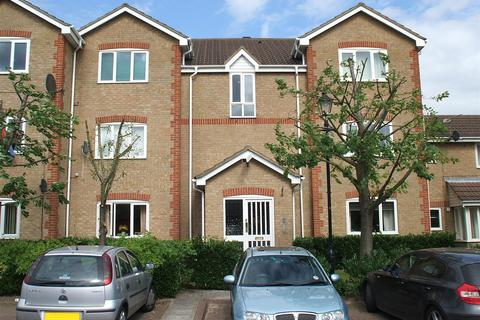 2 bedroom apartment for sale - Farriers Close, Swindon SN1 2