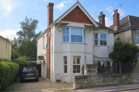4 bedroom detached house to rent - Sandbanks Road, Poole