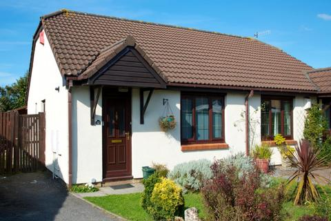 2 bedroom bungalow to rent - Rosemary Close, Tycoch