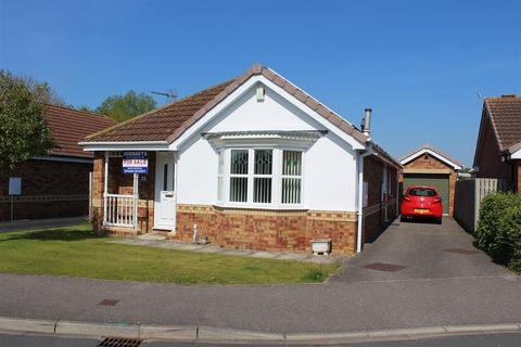 3 bedroom bungalow for sale - Crumpton Road, Market Weighton, York