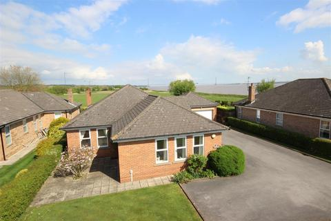4 bedroom detached bungalow for sale - Humber Road, North Ferriby
