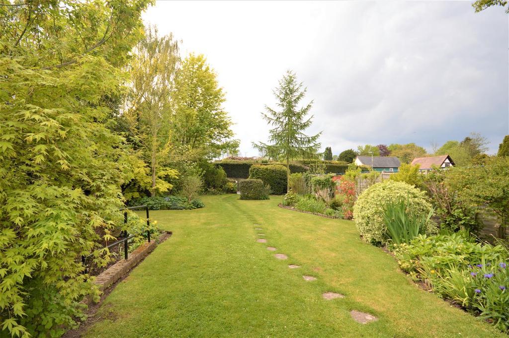 Garden Littlebrook.JPG