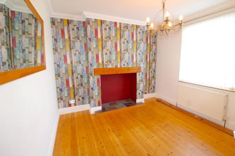 3 bedroom semi-detached house to rent - Swansea Road, Gorseinon, Swansea