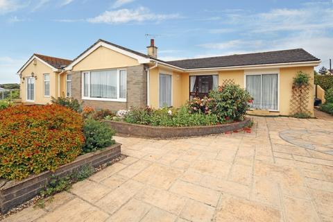 4 bedroom detached bungalow for sale - Millmans Road Marldon Paignton, Torquay, TQ3