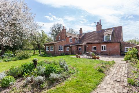 3 bedroom detached house for sale - Hall Farm Lane, Henstead, Beccles