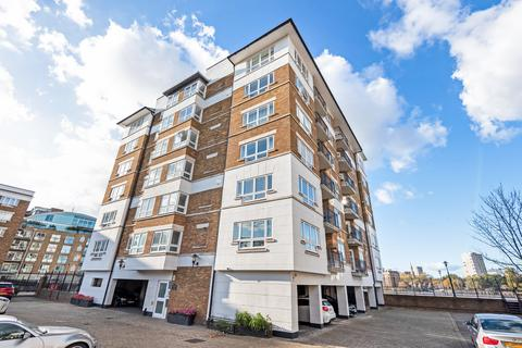 1 bedroom apartment - Princes Riverside Road, Rotherhithe