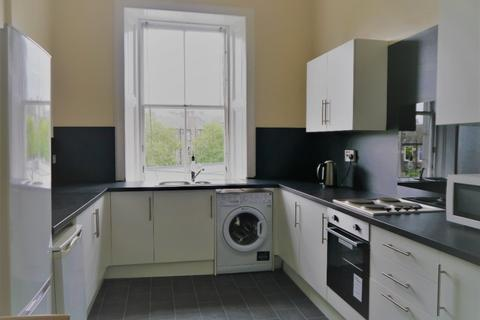 3 bedroom flat to rent - Elm Row, Leith Walk, Edinburgh, EH7 4AH