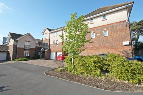 2 Bedroom Apartment For Station Road Netley Abbey Southampton So31 5ja