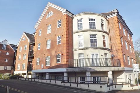 2 bedroom apartment to rent - Dorchester Court, London Road, Camberley, Surrey GU15