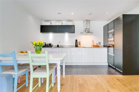 2 bedroom flat for sale - Eltringham Street, Wandsworth, London