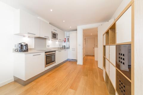 2 bedroom apartment to rent - The Water Gardens, Canada Street, London, SE16