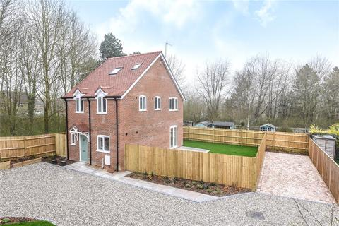3 bedroom detached house to rent - Hatch Warren Cottages, Hatch Warren Lane, Basingstoke, RG22
