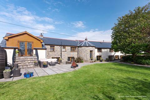 5 bedroom detached house for sale - Wick, Near Cowbridge, Vale of Glamorgan, CF71 7QD