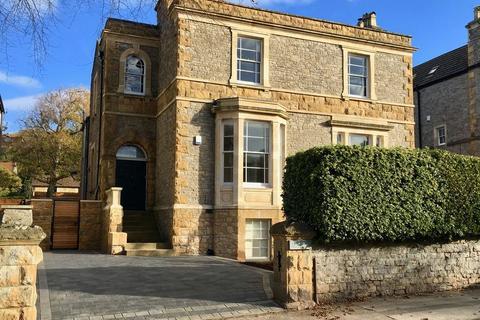 6 bedroom detached house for sale - Linden Road, Clevedon
