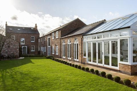 5 bedroom detached house for sale - Prospect House, Alne