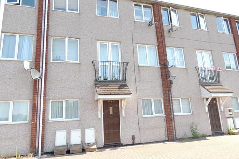 2 bedroom apartment to rent - Pound Road, Bristol