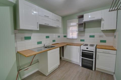 2 bedroom apartment to rent - Linden Drive, Liss