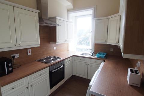 3 bedroom flat to rent - King Street, Second Floor, AB24