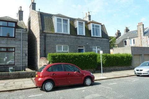 2 bedroom flat to rent - Bedford Place, Ground Right, AB24
