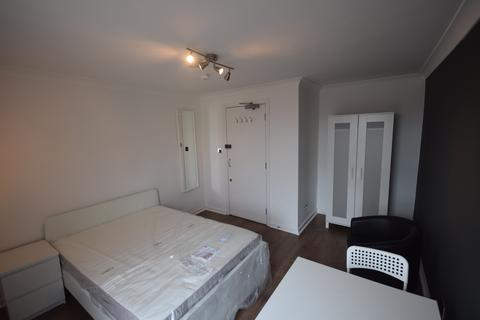 1 bedroom house share to rent - 15 Brentwood, Salford, Manchester M6 8QU
