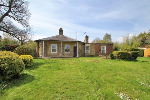 3 bedroom bungalow for sale - London Road, Dunton Green, Sevenoaks, Kent, TN13