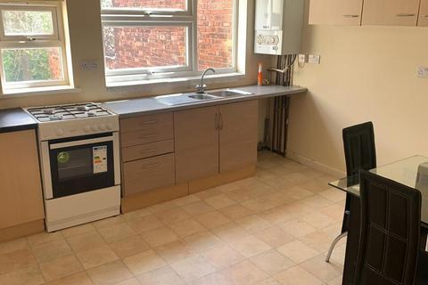 4 bedroom flat to rent - Poplar Avenue, Edgbaston