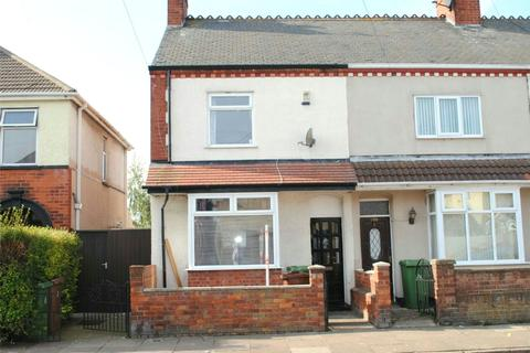 3 bedroom terraced house to rent - Weelsby Street, Grimsby, N E Lincolnshire, DN32