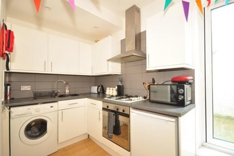 3 bedroom terraced house to rent - Castle Street Brighton BN1