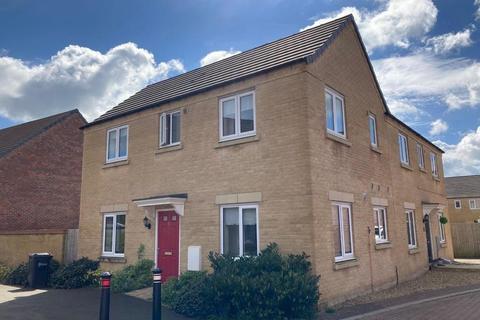 3 bedroom semi-detached house to rent - Cornflower Crescent, Barleythorpe