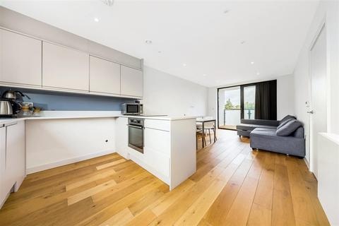 2 bedroom flat for sale - Radbourne Road, SW12