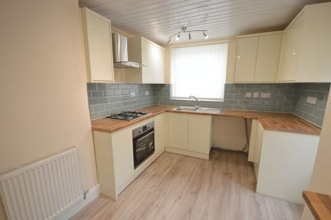 3 bedroom semi-detached house to rent - Blundell Road, Widnes
