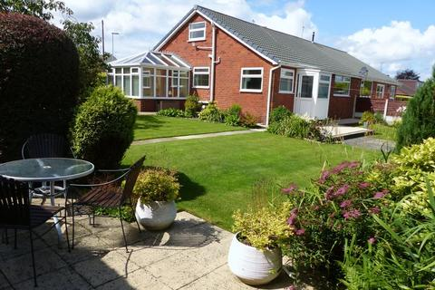 3 bedroom semi-detached bungalow to rent - Merlin Close, Littleborough