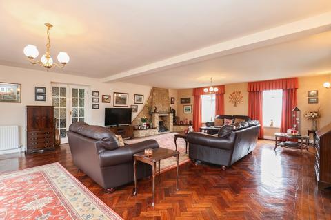 5 bedroom detached house for sale - High Lane, Ridgeway