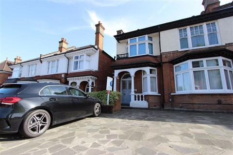 2 bedroom flat for sale - Station Road, Winchmore Hill, London