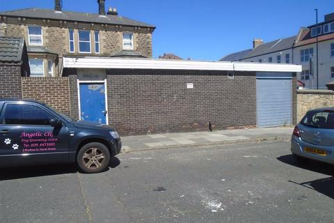 Workshop & retail space to rent - Borough Road, North Shields, Tyne And Wear