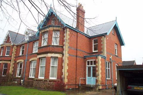 2 bedroom property to rent - Leckhampton GL53 0JY