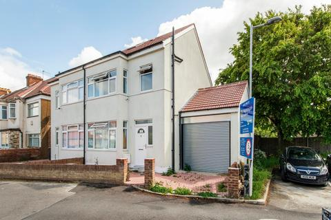 4 bedroom semi-detached house for sale - Turin Road, N9